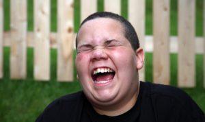 Ketawa-Ngakak-Gak-Berhenti