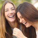 Wanita-Cantik-Ketawa